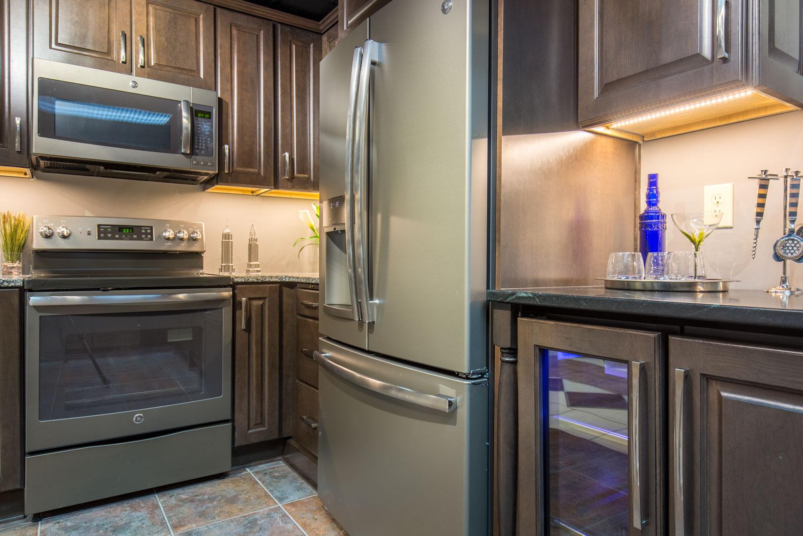 Shop Kitchen Appliances | ALL, Inc. Appliance Showroom - St ...
